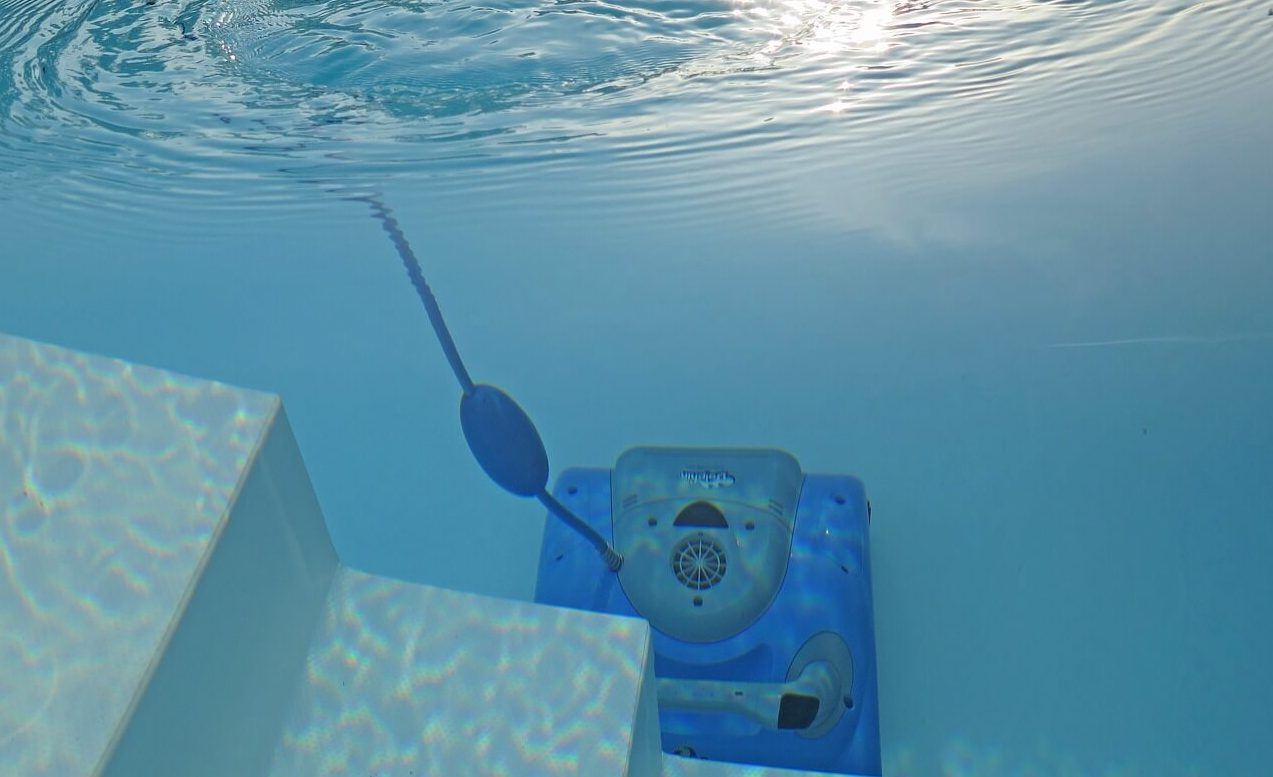 Are Robotic Pool Cleaners Worth Investing?